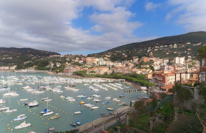 Κόλπος του dei Poeti - επαρχία Golfo ποιητών του Λα Spezia - Lerici - Ιταλία στοκ φωτογραφίες με δικαίωμα ελεύθερης χρήσης