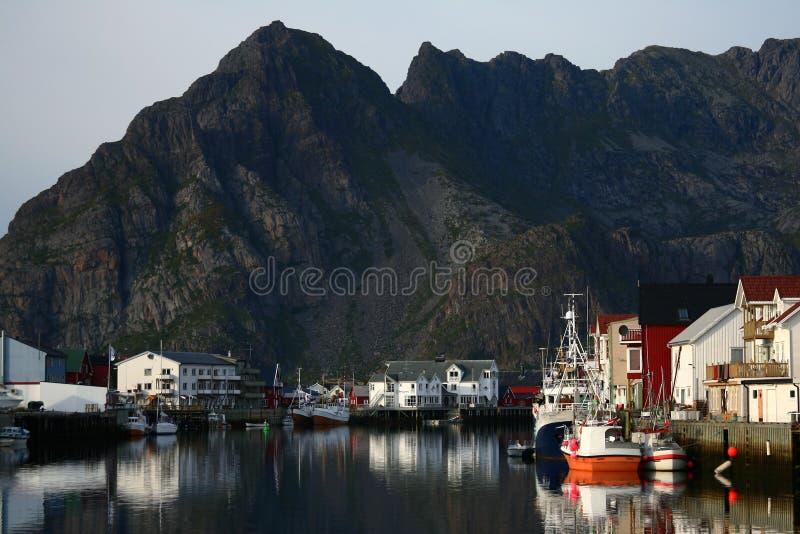 κόλπος henningsvear Νορβηγία στοκ εικόνες
