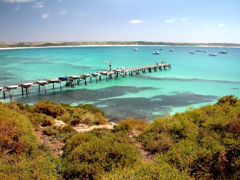 Download κόλπος vivonne στοκ εικόνες. εικόνα από νησί, λιμενοβραχίονας - 387242