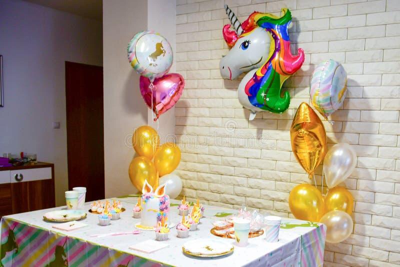 Κόμμα ντους κοριτσιών Unicornbaby στοκ φωτογραφία με δικαίωμα ελεύθερης χρήσης