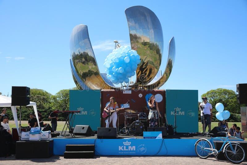 Κόμμα KLM στο πάρκο Ηνωμένων Εθνών στο Μπουένος Άιρες Αργεντινοί στοκ φωτογραφία με δικαίωμα ελεύθερης χρήσης