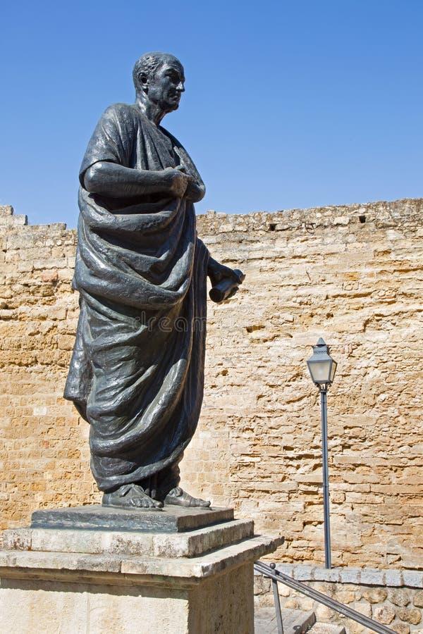 Κόρδοβα - το άγαλμα του φιλοσόφου Lucius Annaeus Σενέκας ο νεώτερος από το Amadeo Ruiz Olmos στοκ φωτογραφίες