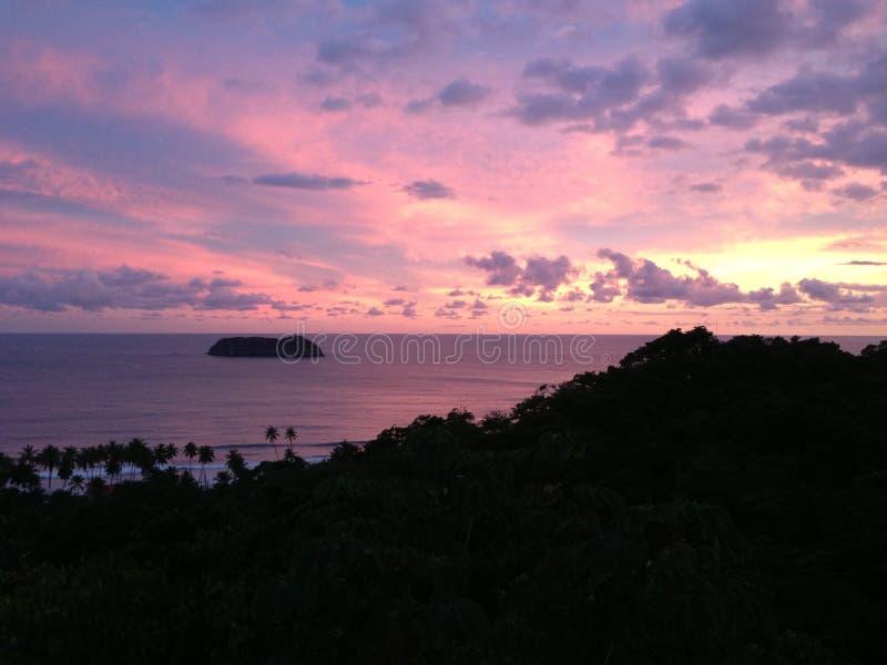 Κόστα Ρίκα στο ηλιοβασίλεμα στοκ φωτογραφία