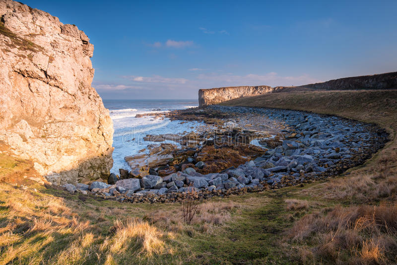 Κόλπος θάλασσας βράχων Trow στοκ εικόνες