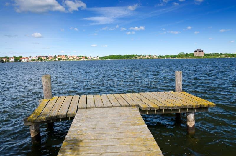 Κόλπος θερινής θάλασσας σε Karlskrona στοκ εικόνα