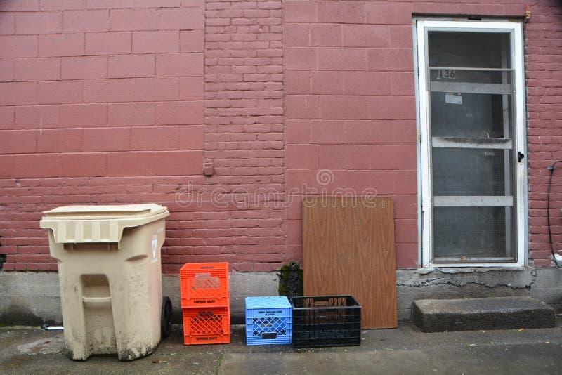 Κύβοι και ορθογώνια σε ένα δρομάκι Κορβάλις, Όρεγκον στοκ εικόνα με δικαίωμα ελεύθερης χρήσης