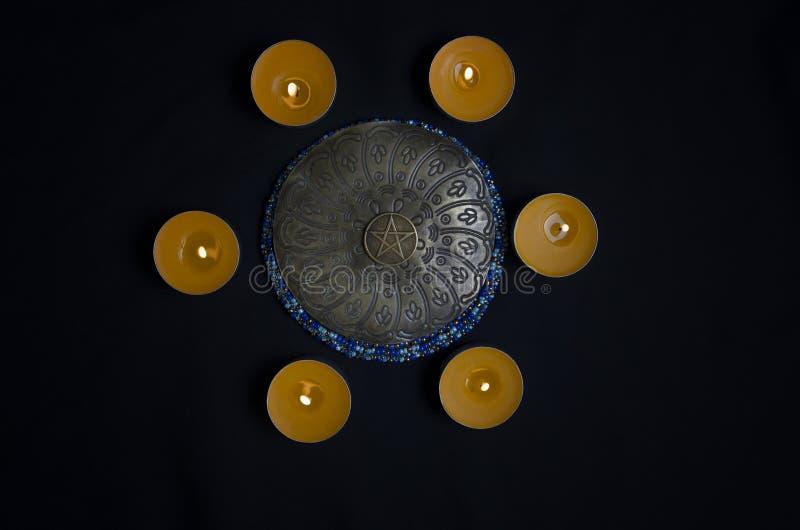 Κύκλος των κεριών στοκ εικόνα με δικαίωμα ελεύθερης χρήσης