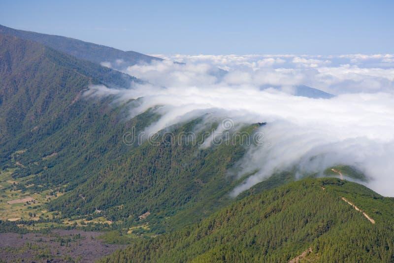 κύλισμα σύννεφων στοκ φωτογραφία με δικαίωμα ελεύθερης χρήσης