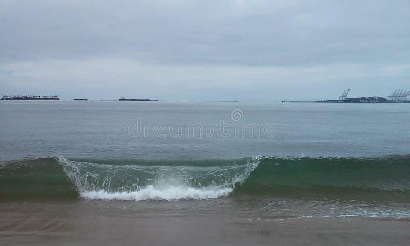 Κύματα πρωινού στοκ εικόνα με δικαίωμα ελεύθερης χρήσης
