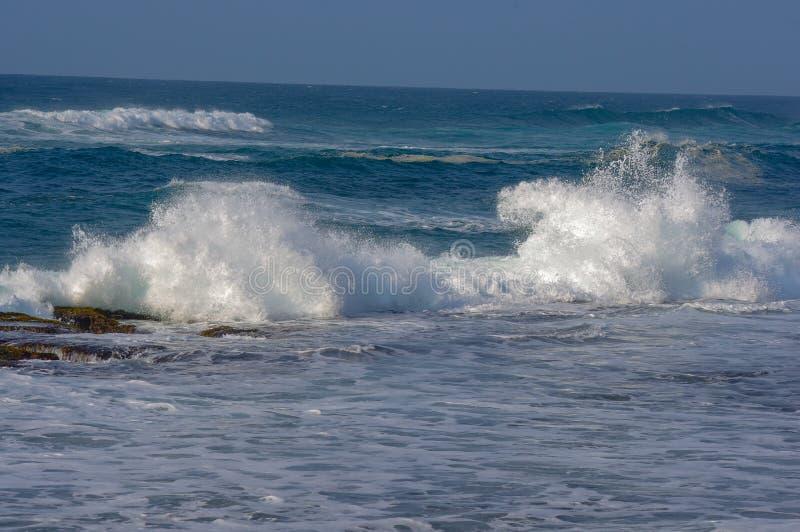 Κύματα στον Ατλαντικό Ωκεανό στοκ φωτογραφία