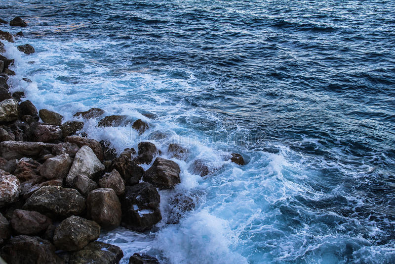 Κύματα της θάλασσας στοκ φωτογραφία με δικαίωμα ελεύθερης χρήσης