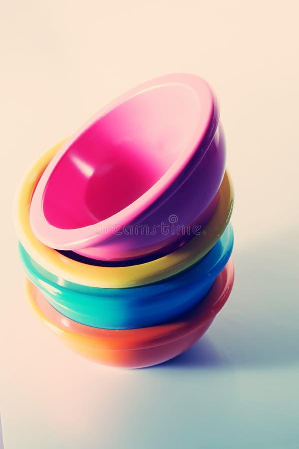 κύπελλα που χρωματίζοντ&alp στοκ εικόνα με δικαίωμα ελεύθερης χρήσης