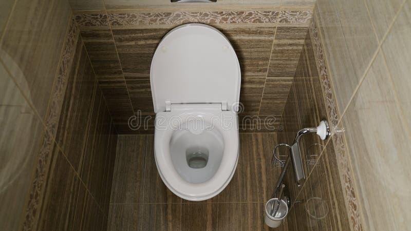 Κύπελλο τουαλετών στην τουαλέτα Τουαλέτα στην τουαλέτα, άποψη από την κορυφή στοκ φωτογραφίες