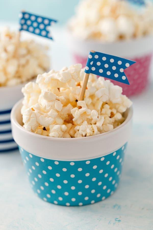 Κύπελλα Popcorn στοκ εικόνα με δικαίωμα ελεύθερης χρήσης