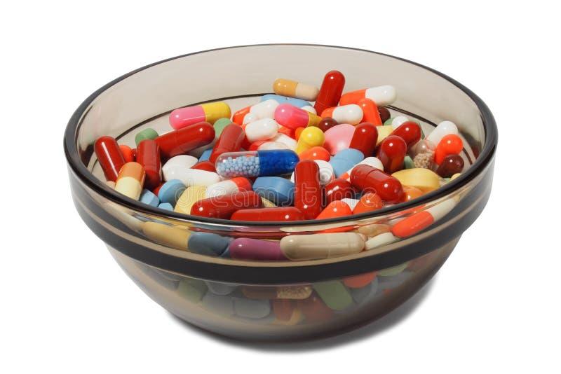 Κύπελλο με τα φάρμακα στοκ φωτογραφία με δικαίωμα ελεύθερης χρήσης