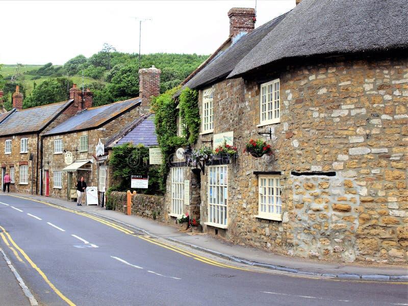 Κύριος δρόμος, Abbotsbury, Dorset, UK στοκ φωτογραφία με δικαίωμα ελεύθερης χρήσης