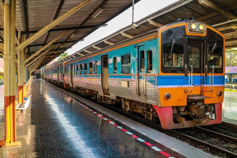Κύριος σιδηροδρομικός σταθμός στην επαρχία Chiang Mai στοκ φωτογραφίες