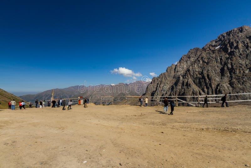 Κύριο άρθρο: Βουνά Shen Tien σε Shymbulak ανώτερο Piste σε Almat στοκ φωτογραφίες με δικαίωμα ελεύθερης χρήσης