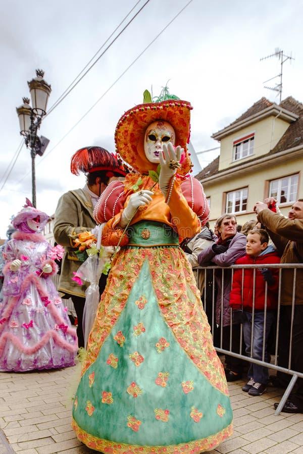 Κύριο άρθρο, στις 6 Μαρτίου 2016: Rosheim, Γαλλία: Ενετική μάσκα καρναβαλιού στοκ φωτογραφίες