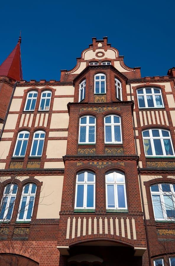 Κλίνκερ στις προσόψεις των κτηρίων Nouveau τέχνης στοκ φωτογραφίες με δικαίωμα ελεύθερης χρήσης