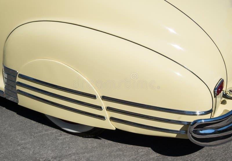 Κλασικές φούστες κιγκλιδωμάτων αυτοκινήτων στοκ εικόνες με δικαίωμα ελεύθερης χρήσης