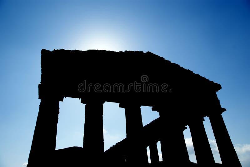 Κλασικός ελληνικός (δωρικός) ναός σε Segesta στη Σικελία στοκ φωτογραφία