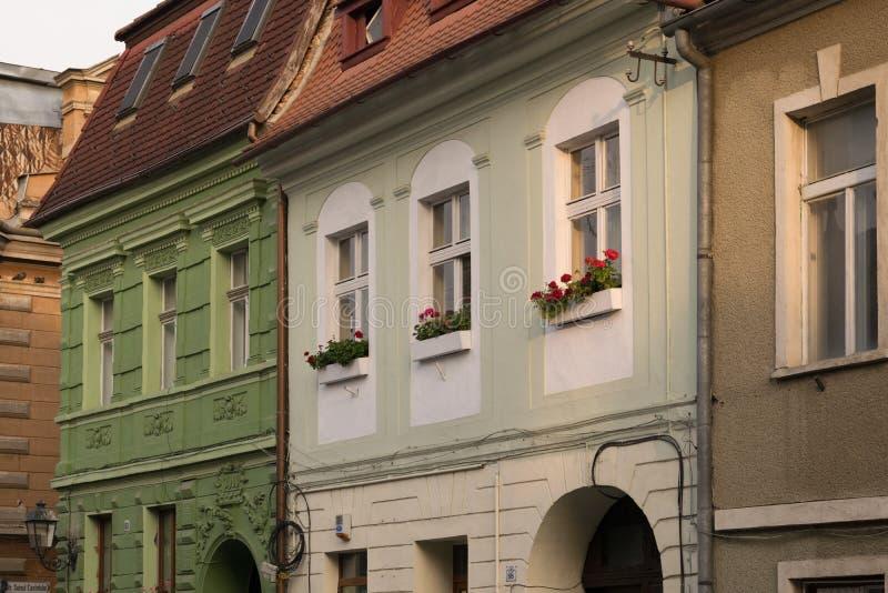 Κλασικό αρχιτεκτονικό κτήριο ύφους σε Brasov, Ρουμανία, Τρανσυλβανία, Ευρώπη στοκ φωτογραφία