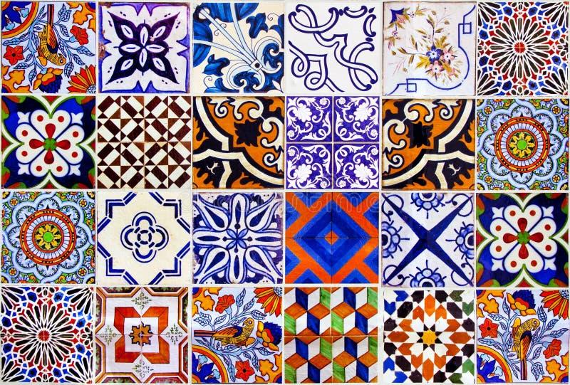 Κλείστε επάνω τα παραδοσιακά κεραμικά κεραμίδια της Λισσαβώνας στοκ εικόνα