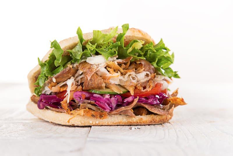 Κλείστε επάνω του σάντουιτς kebab στοκ εικόνες με δικαίωμα ελεύθερης χρήσης