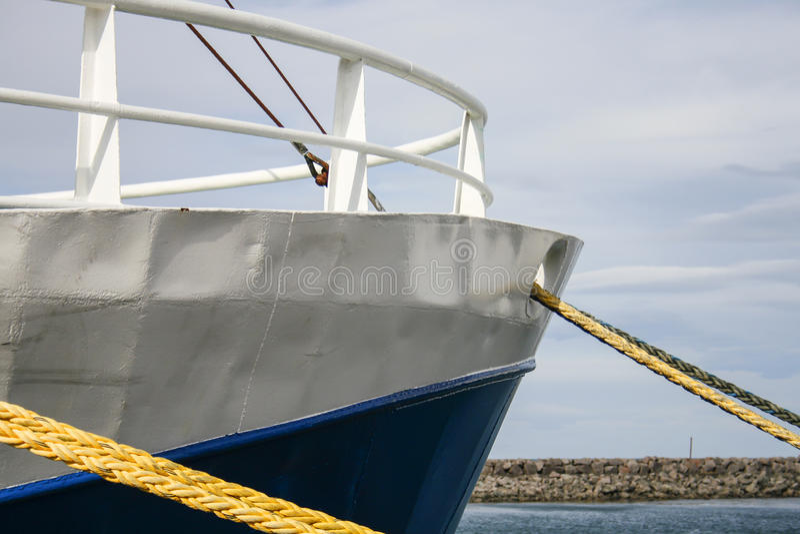 Κλείστε επάνω του τόξου του σκάφους στοκ φωτογραφίες με δικαίωμα ελεύθερης χρήσης