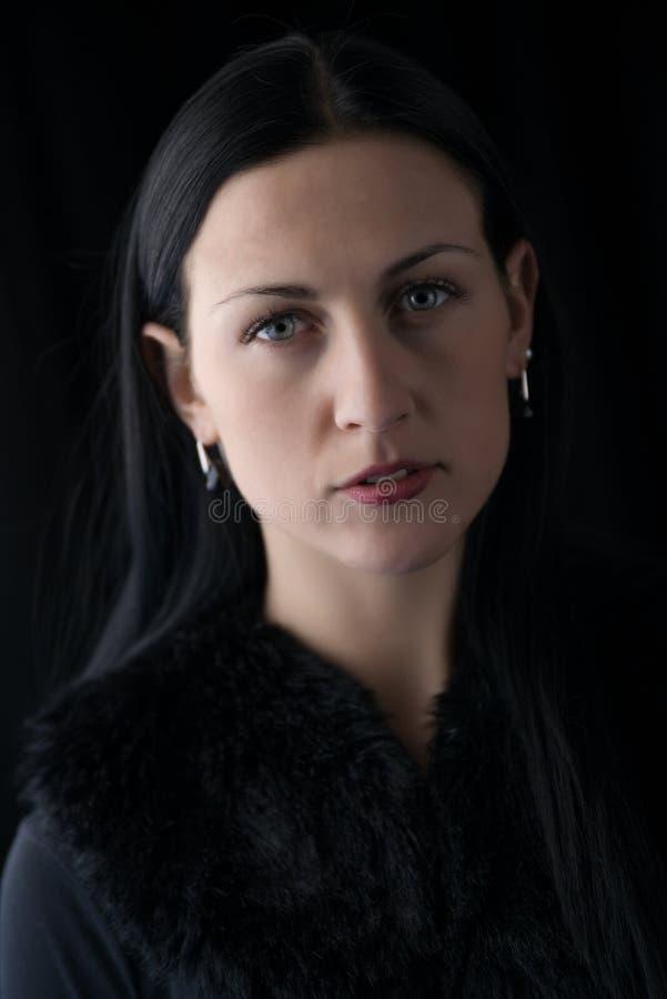 Πορτρέτο της γυναίκας brunette προσώπου ομορφιάς στοκ εικόνα με δικαίωμα ελεύθερης χρήσης