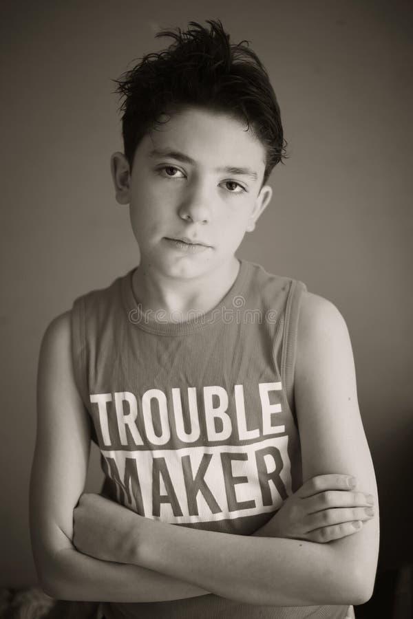 Κλείστε επάνω το λυπημένο πορτρέτο αγοριών εφήβων στοκ εικόνες με δικαίωμα ελεύθερης χρήσης