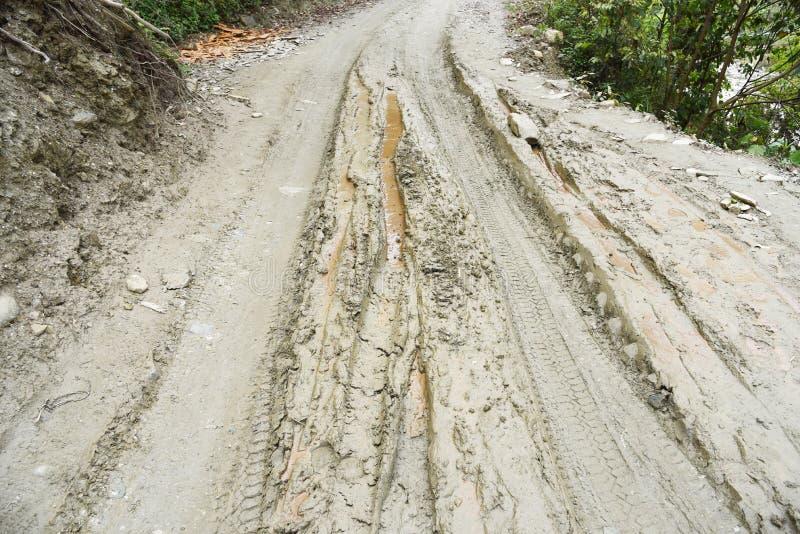 Κλειστός επάνω την πορεία λάσπης στο χωριό στο Νεπάλ στοκ εικόνες με δικαίωμα ελεύθερης χρήσης