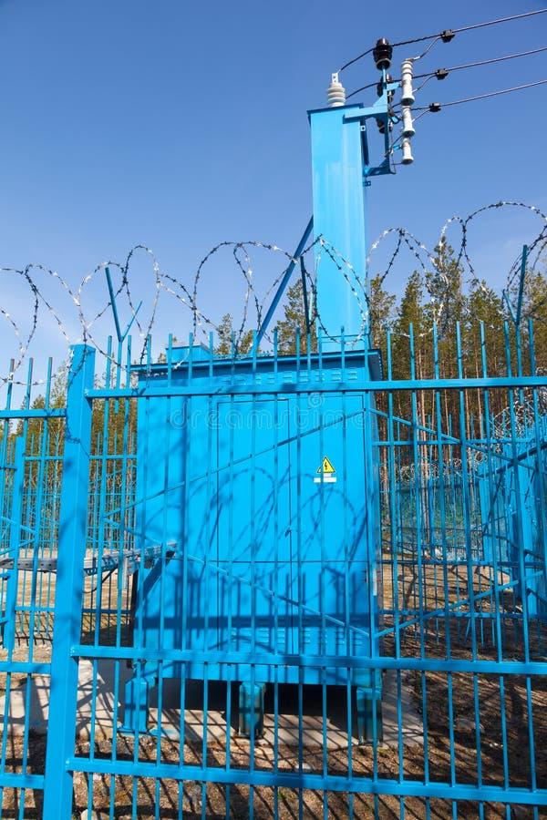 Κλειστός σταθμός φράκτης μετασχηματιστών στοκ εικόνες με δικαίωμα ελεύθερης χρήσης