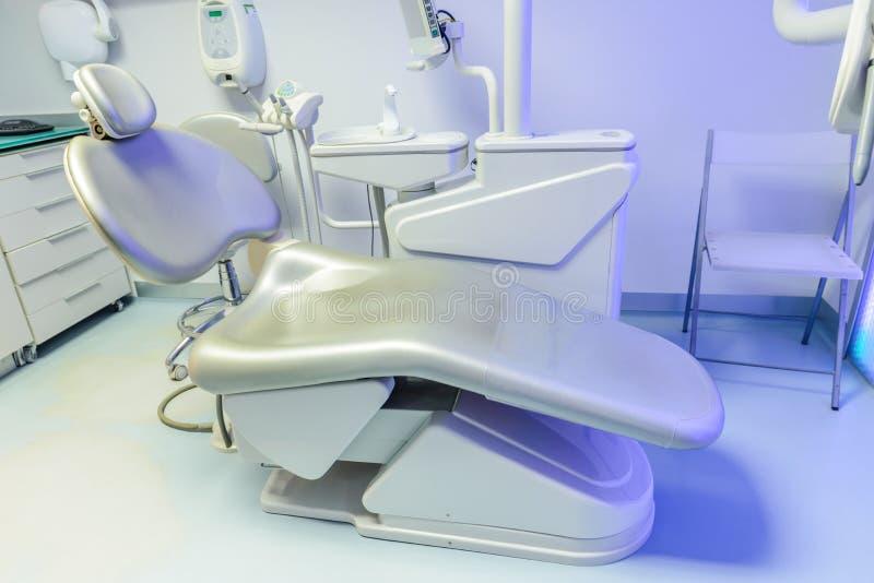 κλινική οδοντική στοκ εικόνα με δικαίωμα ελεύθερης χρήσης