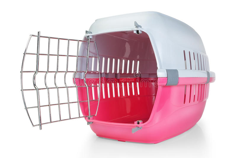 Κλουβί για τη μεταφορά των κατοικίδιων ζώων. στοκ φωτογραφίες