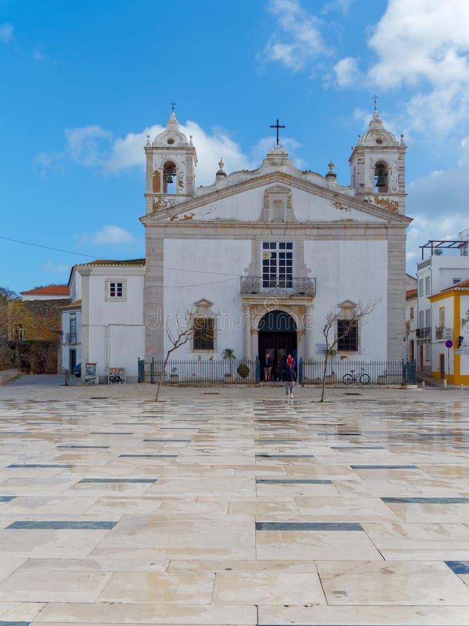ΛΆΓΚΟΣ, ALGARVE/PORTUGAL - 5 ΜΑΡΤΊΟΥ: Άποψη της εκκλησίας του ST Marys στο Λ στοκ φωτογραφία με δικαίωμα ελεύθερης χρήσης