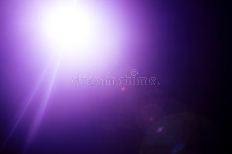 Λάμψη ενός απόμακρου αφηρημένου αστεριού Αφηρημένη φλόγα ήλιων Η φλόγα φακών υπόκειται στην ψηφιακή διόρθωση στοκ φωτογραφίες με δικαίωμα ελεύθερης χρήσης