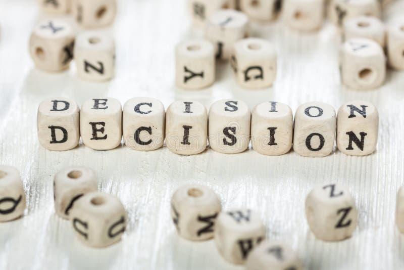Λέξη απόφασης που γράφεται στον ξύλινο φραγμό στοκ φωτογραφία με δικαίωμα ελεύθερης χρήσης