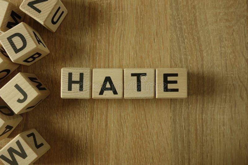 Λέξη μίσους από τους ξύλινους φραγμούς στοκ εικόνα με δικαίωμα ελεύθερης χρήσης