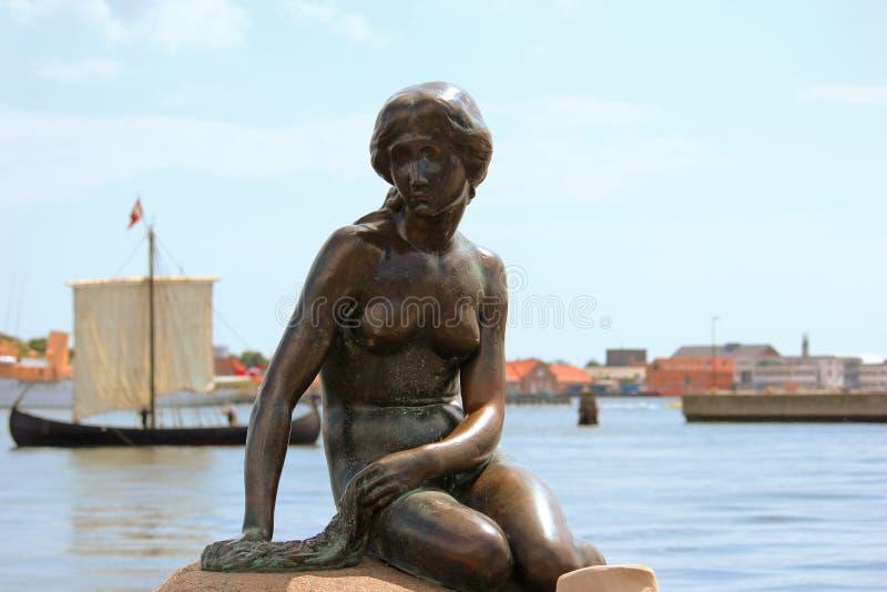 Λίγη γοργόνα - Κοπεγχάγη, Δανία στοκ εικόνα με δικαίωμα ελεύθερης χρήσης