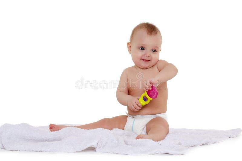 Λίγο ευτυχές μωρό στην πάνα στοκ εικόνα με δικαίωμα ελεύθερης χρήσης