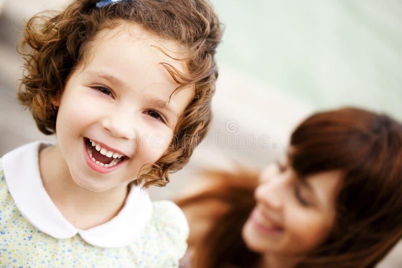 Χαμογελώντας παιδί στοκ φωτογραφία με δικαίωμα ελεύθερης χρήσης