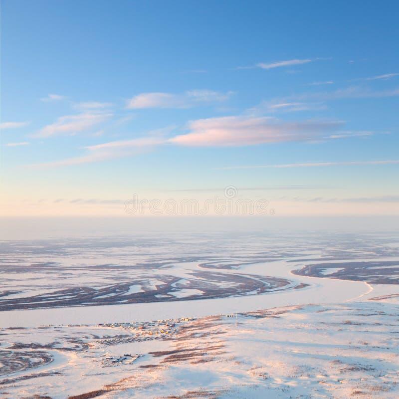 Λίγο χωριό tundra, τοπ άποψη στοκ φωτογραφίες