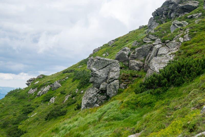 Λίθοι mountainside στοκ φωτογραφίες