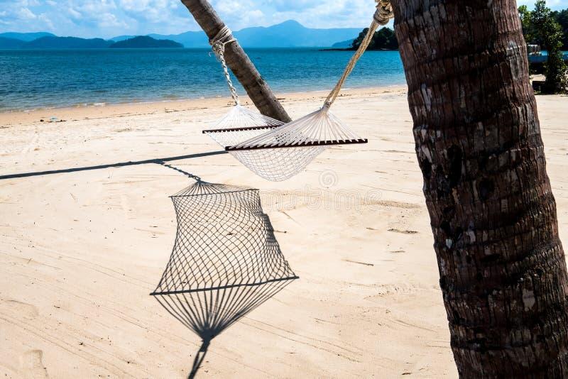 Λίκνο στην παραλία στοκ εικόνες με δικαίωμα ελεύθερης χρήσης