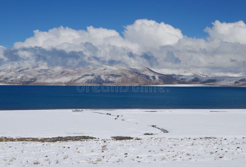 Λίμνες στο Θιβέτ στοκ φωτογραφία