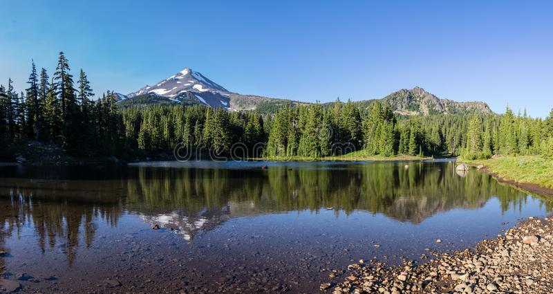 Λίμνη κογιότ στοκ εικόνα