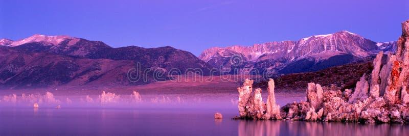 λίμνη μονο στοκ εικόνες