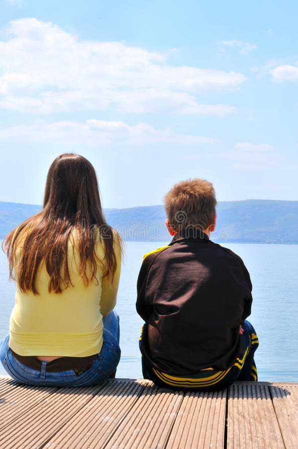 λίμνη πλησίον στοκ εικόνες με δικαίωμα ελεύθερης χρήσης